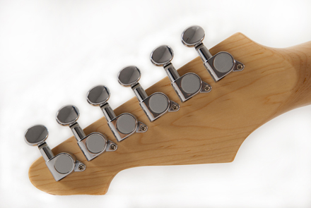 guitar string tuning pegs